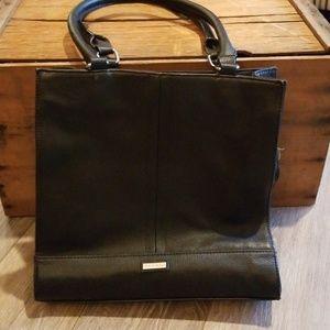EUC black Tignanello leather shoulder purse
